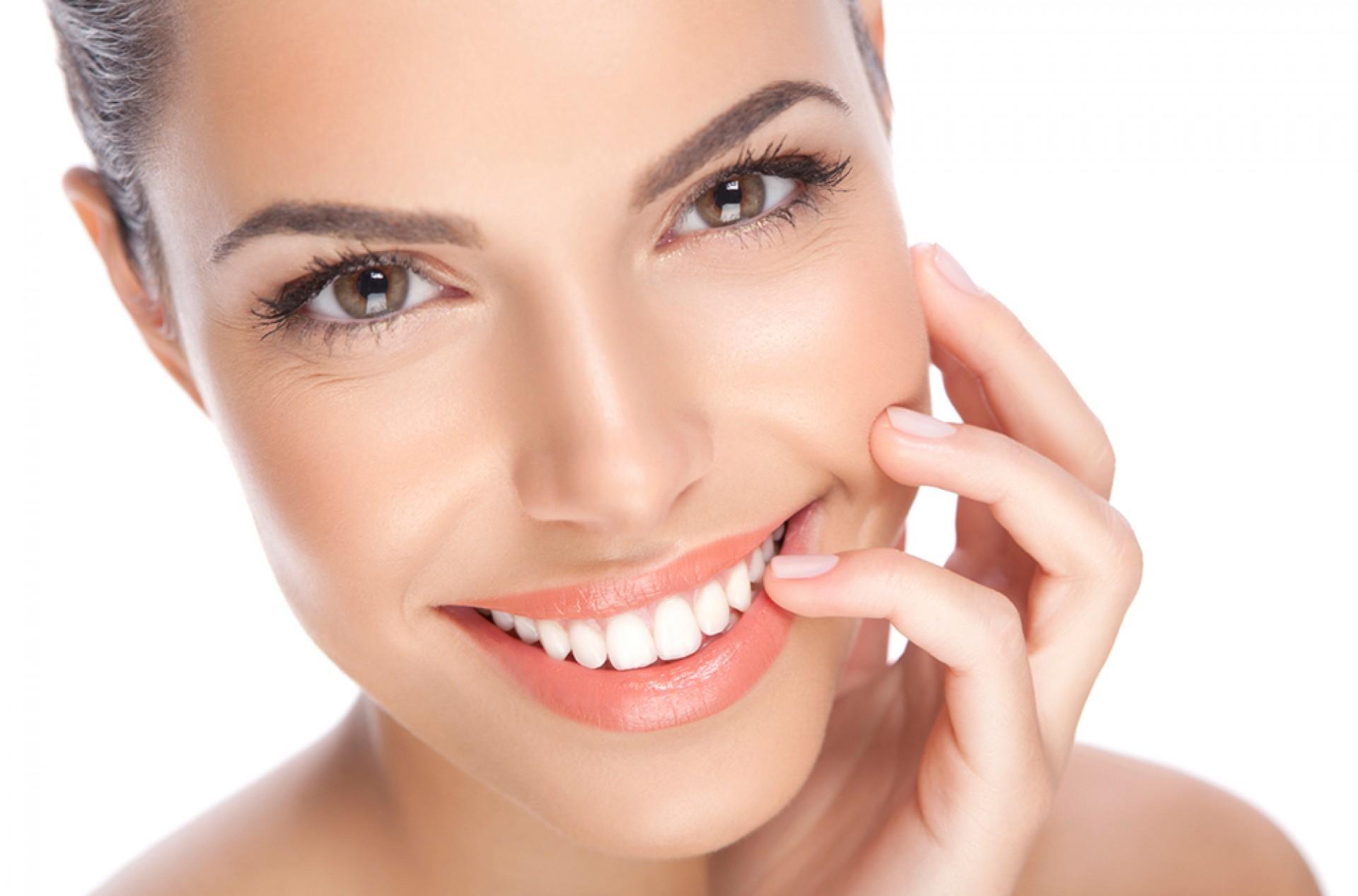 Neden Diş İmplantı Tercih Edilir?